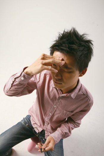 慢性偏頭痛造成工作和生活上極大困擾。本報系資料照