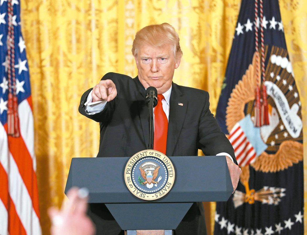 美國總統川普日前舉行上任後首場記者會,不僅對媒體大發牢騷,還酸英國廣播公司(BB...