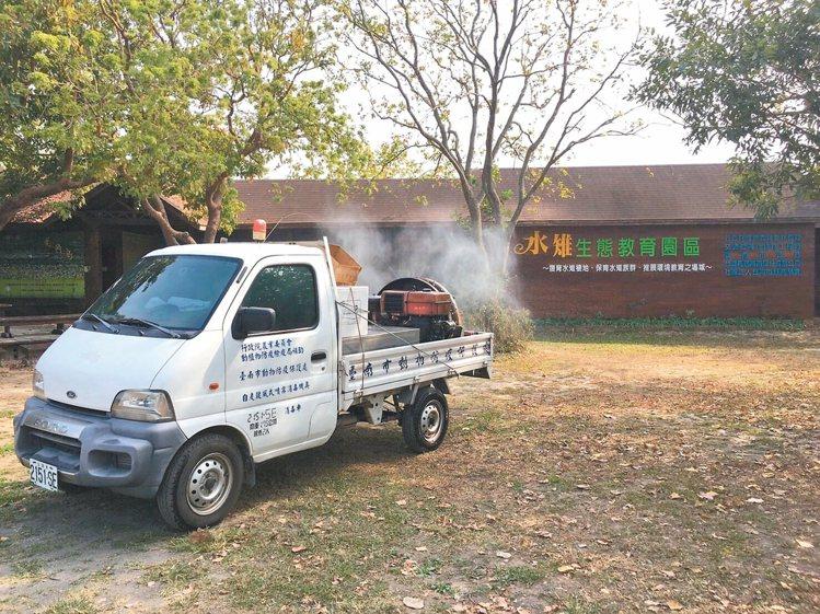 台南水雉生態教育園區死亡小水鴨確診感染H5N6,農業局昨天完成園區消毒,並封園十...
