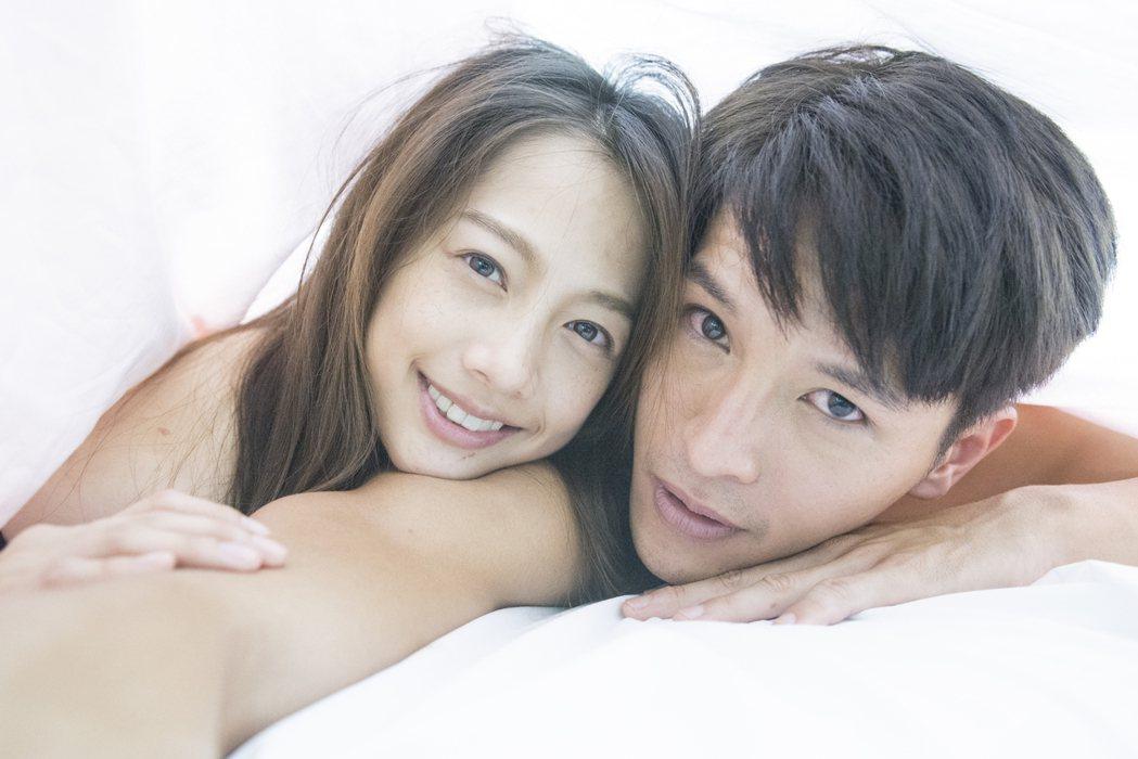 簡嫚書、陳禕倫在「天黑請閉眼」中有浪漫床戲。圖/好風光提供
