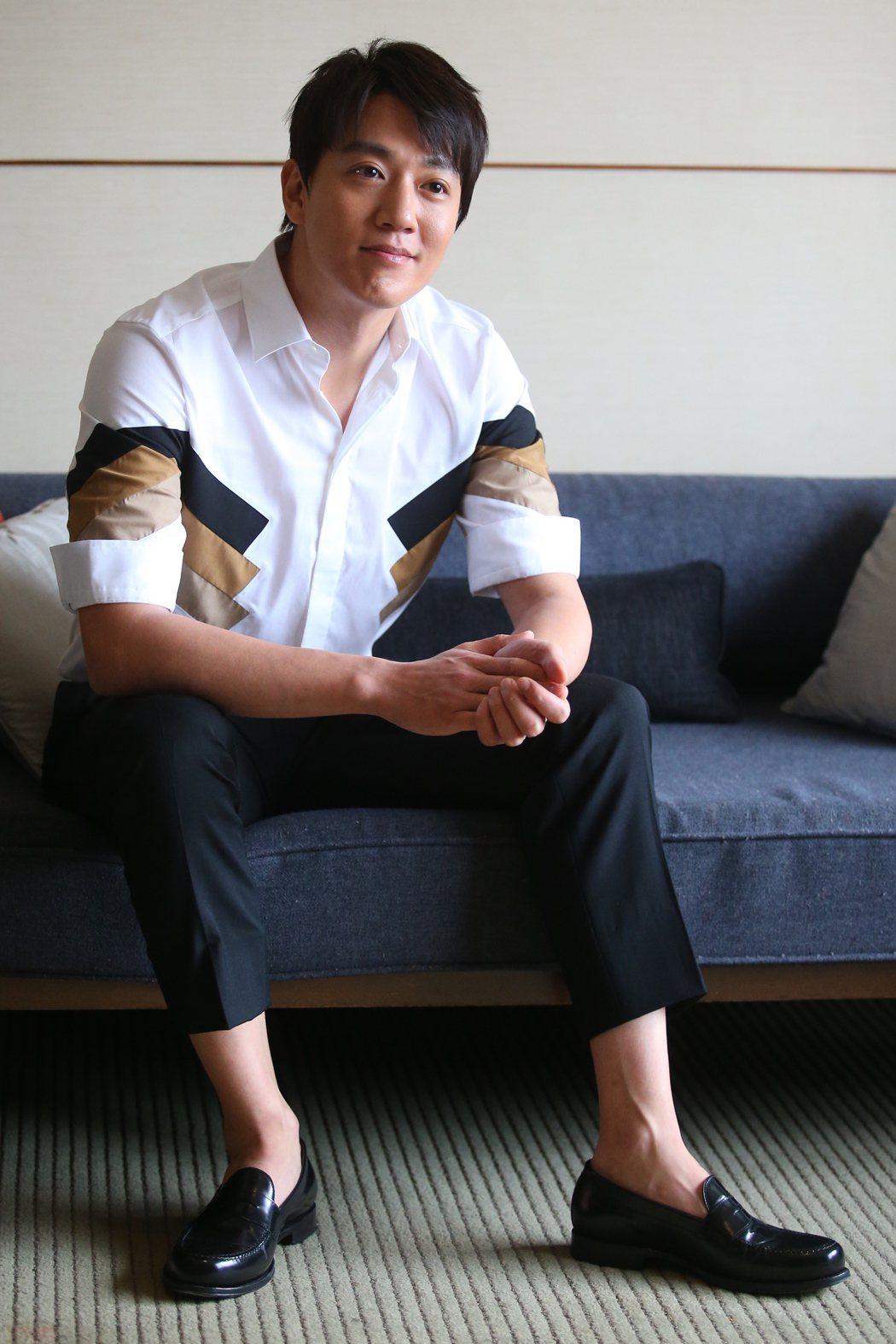 韓星金來沅接受媒體聯訪。記者王騰毅/攝影
