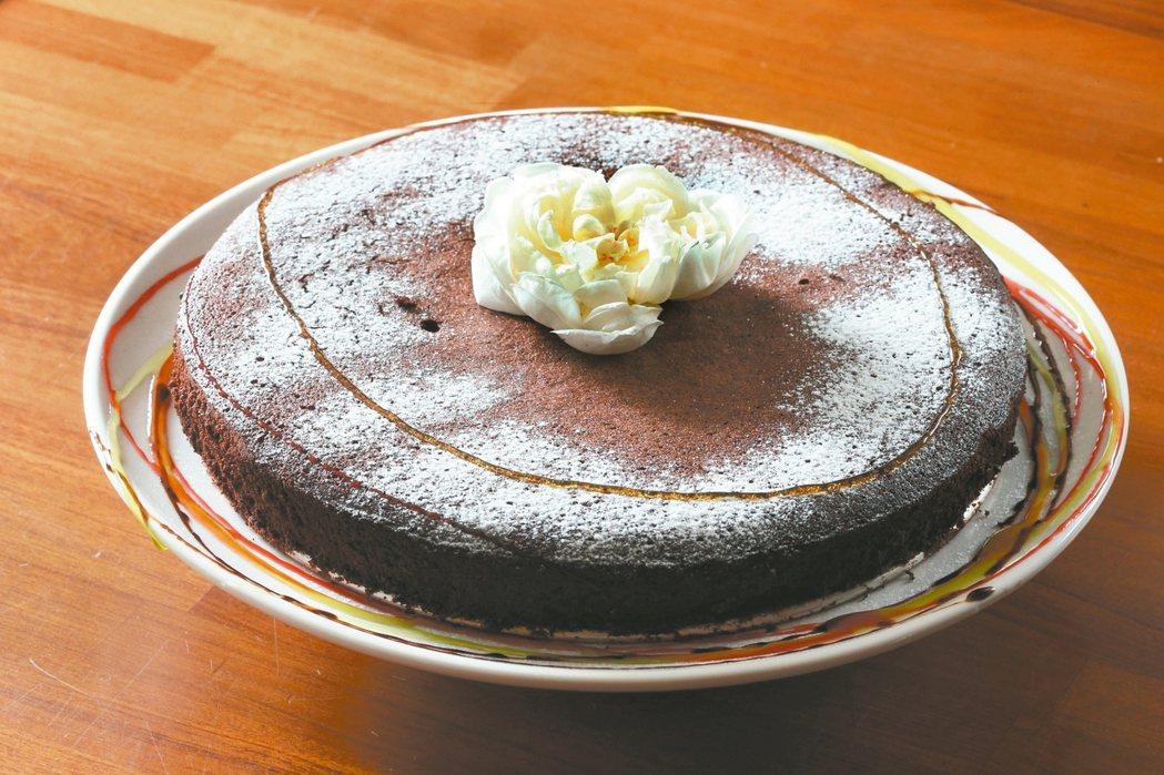 橄欖油巧克力蛋糕 記者陳立凱/攝影 協力拍攝/皇嘉橄欖油