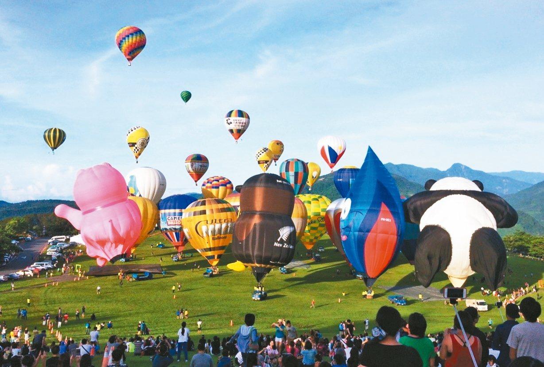 2017台灣國際熱氣球嘉年華敲定6月30至8月6日在鹿野高台舉行。 記者羅紹平/...