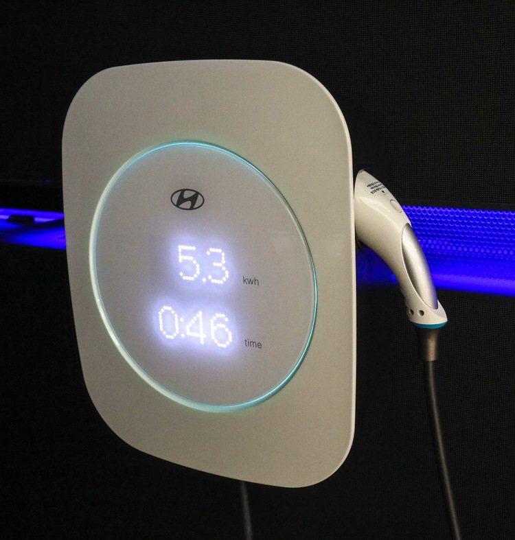 IONIQ EV充電設備。 記者史榮恩/攝影