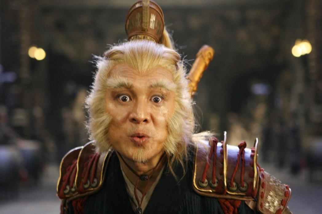 李連杰在「功夫之王」中扮演孫悟空,勉強還看得出來「人臉」。圖/取自網路