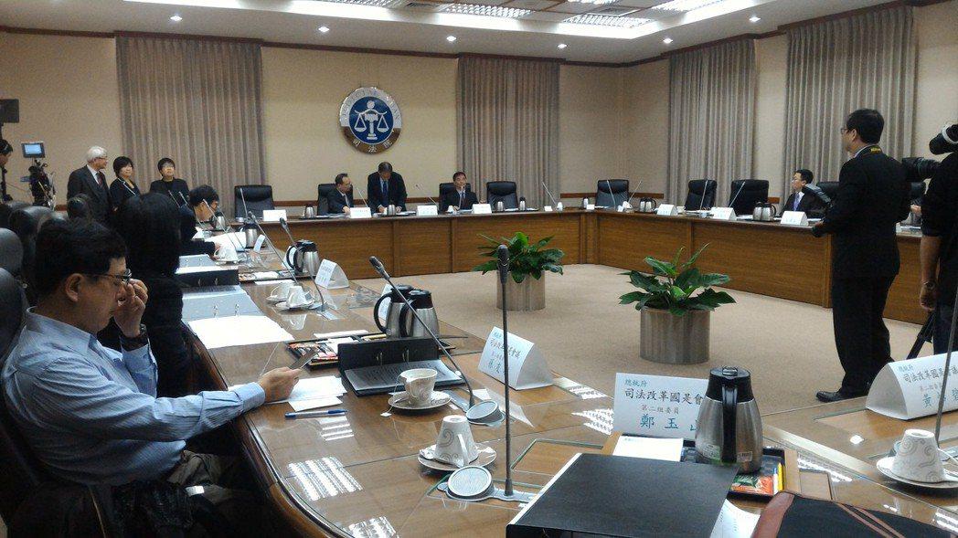 司法改革國是會議分組會議今天上午登場,由第二分組率先在司法院舉行。圖/蘇位榮攝