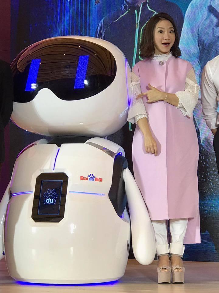 陶晶瑩表示沒聽說節目有異動。圖/摘自納豆臉書