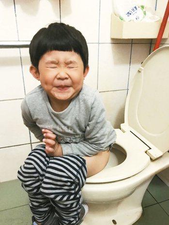 因為緊張焦慮而引發的「頻尿症」最常發生於4-6歲的兒童 記者陳雨鑫/攝影