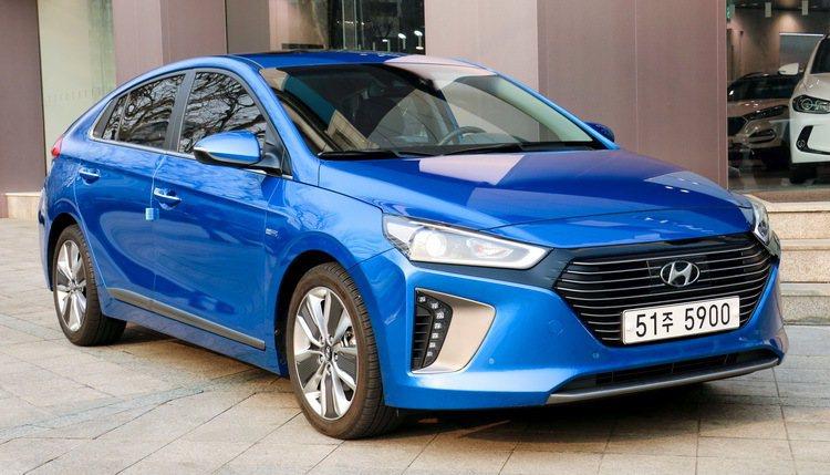 圖為Hyundai IONIQ Hybrid。 記者史榮恩/攝影