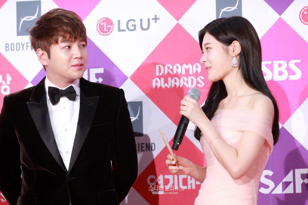 圖為張根碩去年12月參加「2016 SBS演技大賞」走紅毯的畫面。 圖/擷自st...
