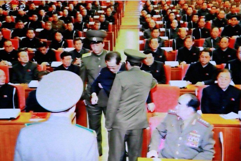 從金正恩處決張成澤來看,他固然要抵禦美日南韓三國的壓力,但也不喜歡中國,不願意受...