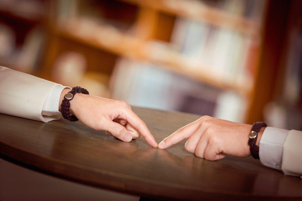 唐振剛與周厚安詮釋男同之愛。圖/同志尚典攝影工作站提供