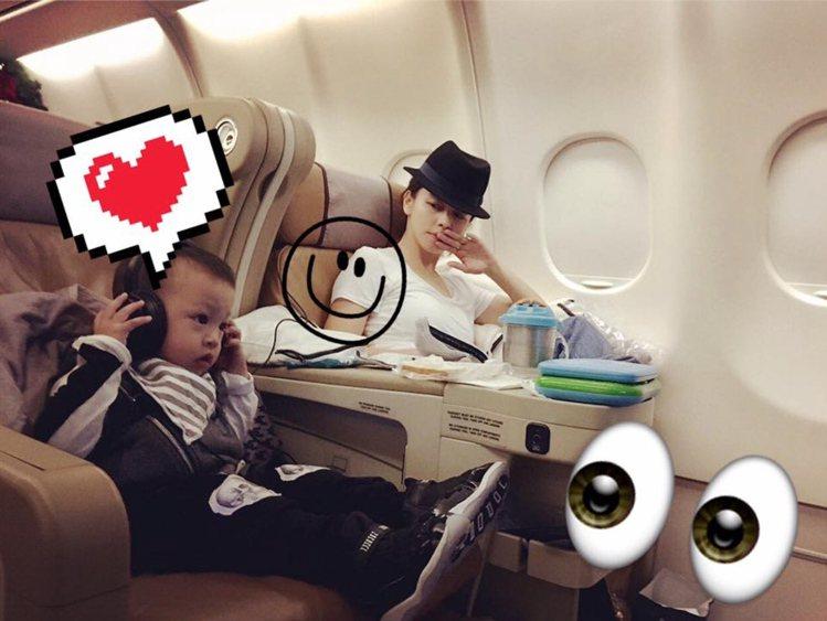 徐若瑄與兒子Dalton穿NUNUNU骷顱頭飛鼠褲。圖/翻攝自徐若瑄臉書