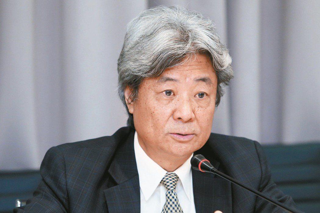 雙連安養中心執行長蔡芳文