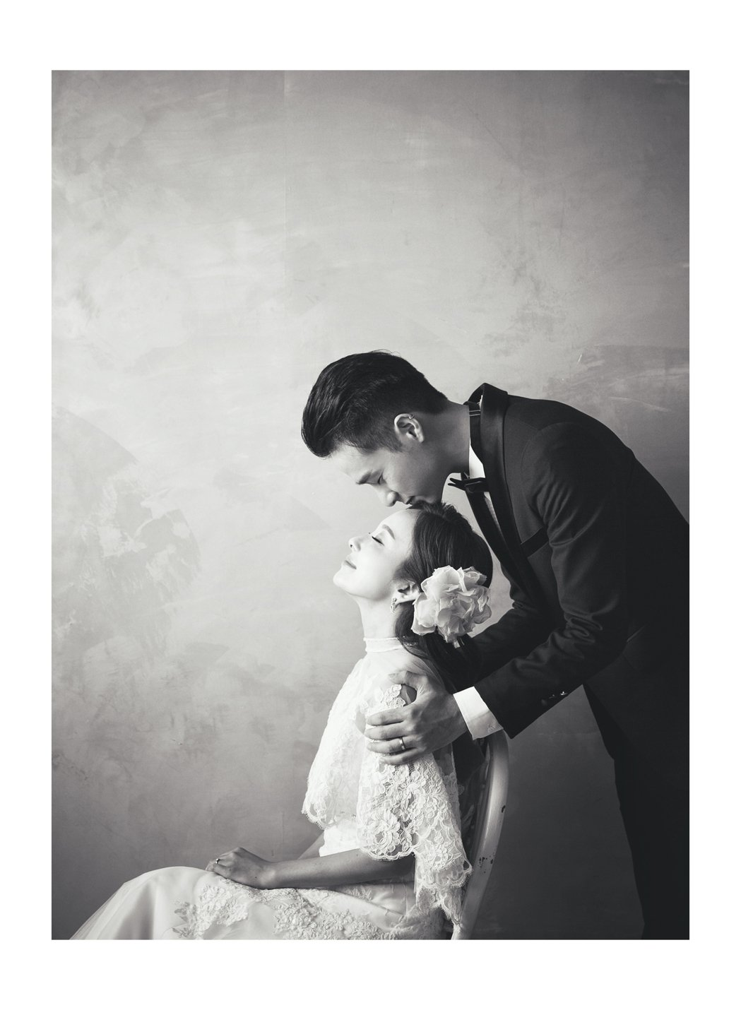 愛紗與老公周洺甫到首爾拍婚紗照。圖/曲洱公司與S.A Wedding提供