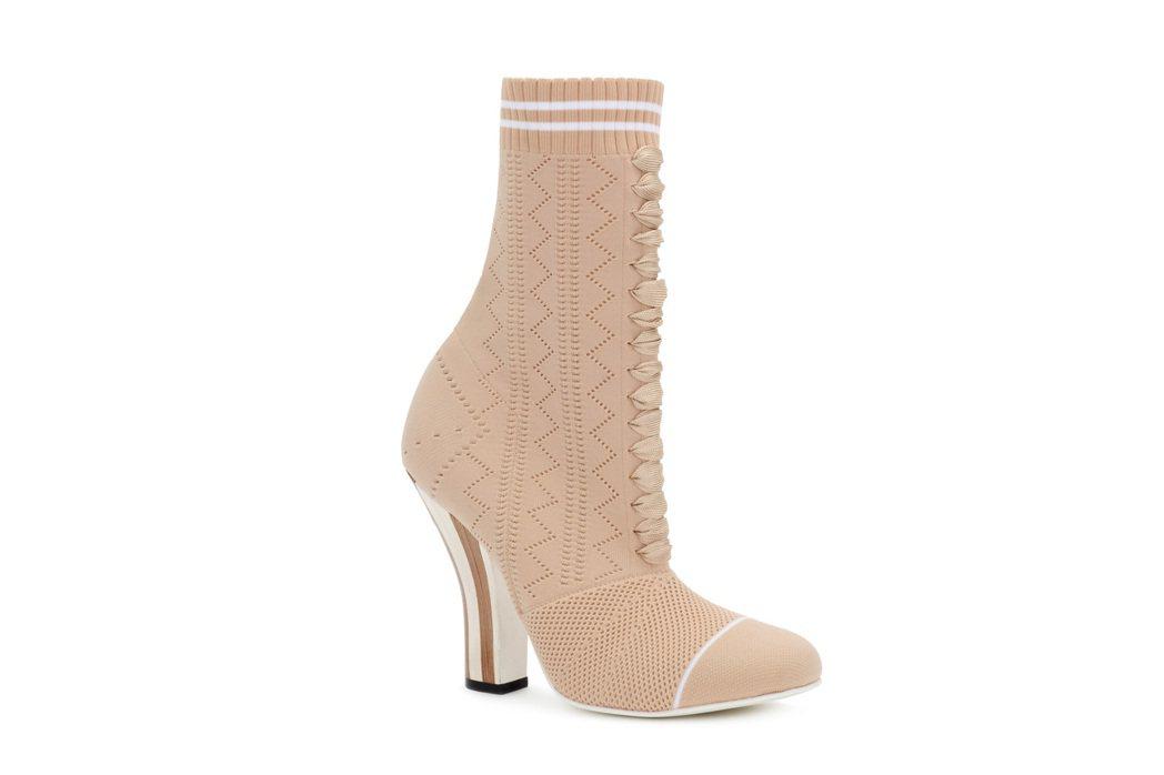 秀智款短靴,售約32,500元。圖/FENDI提供