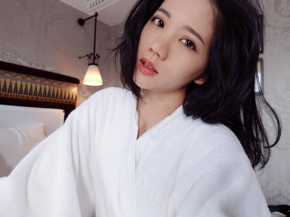 陳艾琳被爆偷吃劈腿,被阿翔抓姦在床。圖/摘自陳艾琳臉書