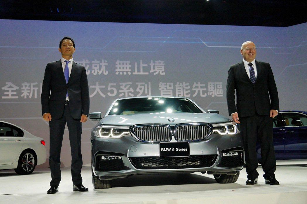 BMW總代理汎德推出全新改款5系列。 記者陳威任/攝影