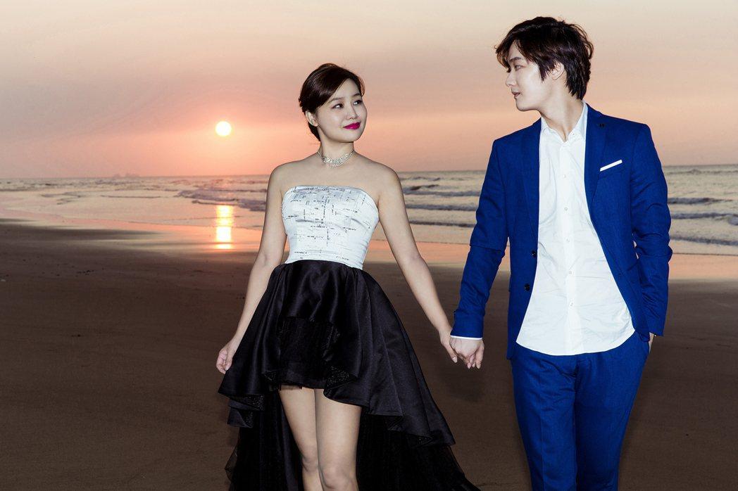「那對夫妻」為新書重拍婚紗照,粉絲讚老婆Nico撞臉陳妍希。圖/Super Me