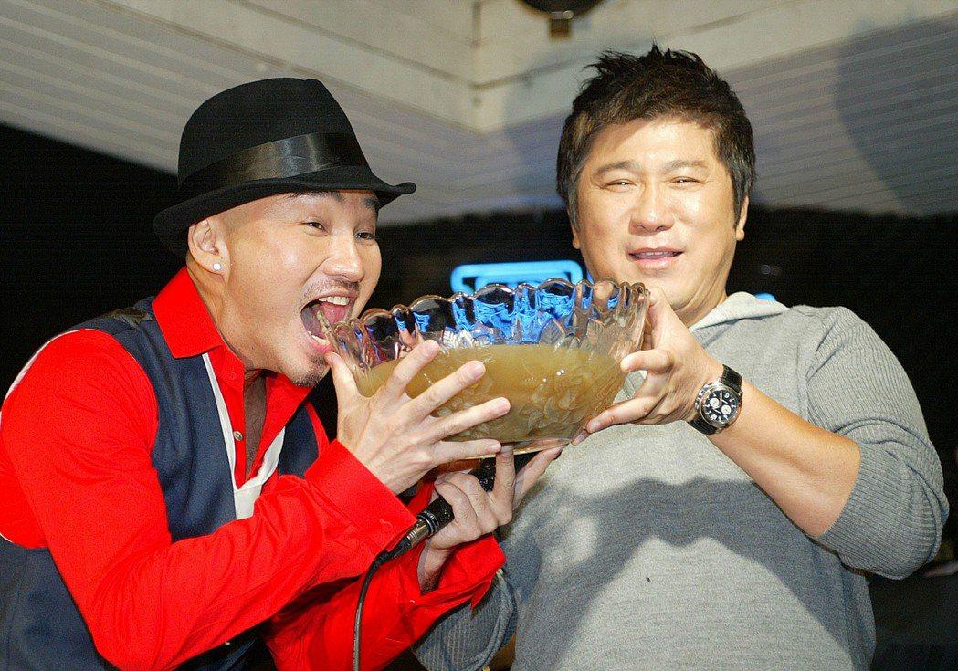 辛龍中樂透全靠劉真的幫夫運,而且他守口如瓶兩年,連和他交好的胡瓜都完全不知情。記