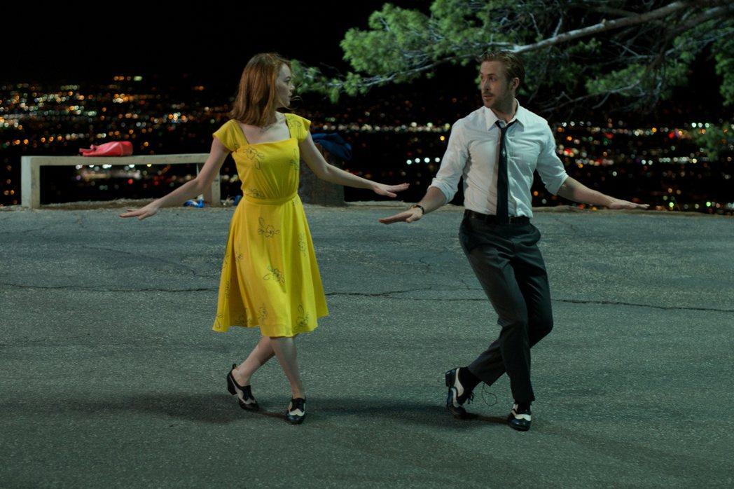《樂來越愛你》結合歌舞和愛情,獲得多項大獎與提名。圖/CatchPlay提供