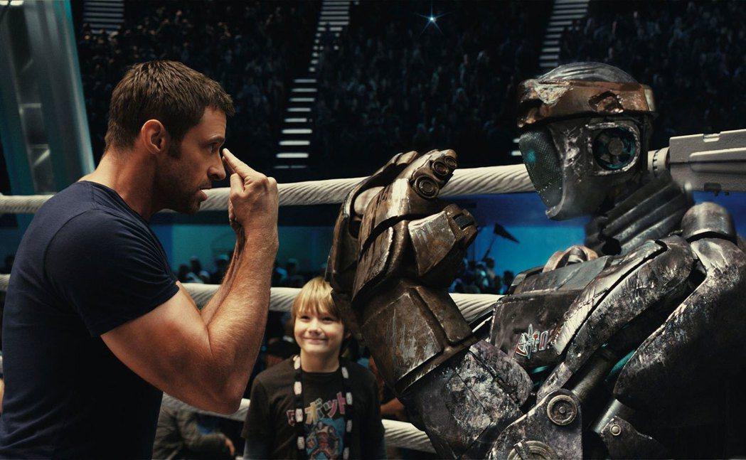 休傑克曼在「鋼鐵擂台」中展現父愛。圖/迪士尼提供