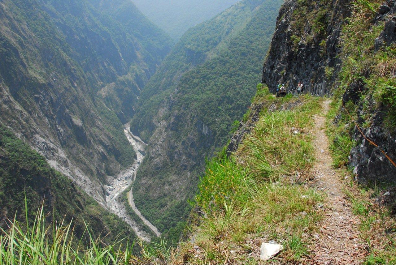 錐麓古道是日據時期合歡越嶺道的一部分,將於3月16日開始收費。圖/太魯閣國家公園...