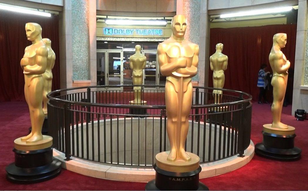 奧斯卡金像獎邁入第89屆,小金人也伴隨著奧斯卡金像獎,走過89個年頭。中央社記者