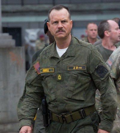 比爾派斯頓近年僅演出「明日邊界」的教官。圖/華納兄弟影業提供