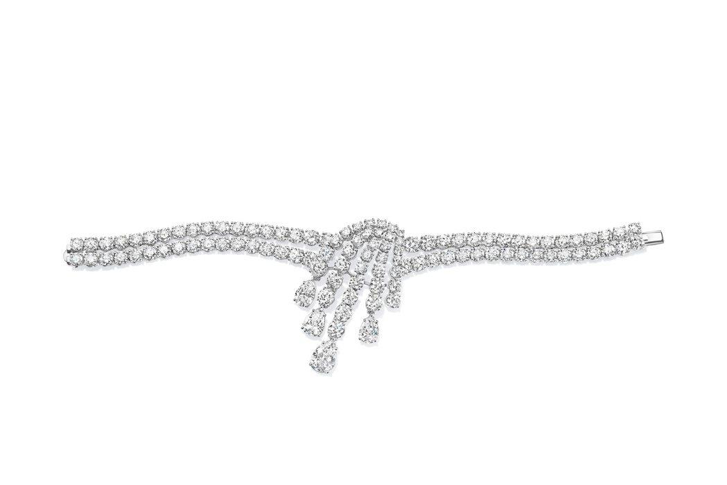 妮可基嫚配戴的海瑞溫斯頓古董鑽石手環。圖/Harry Winston提供