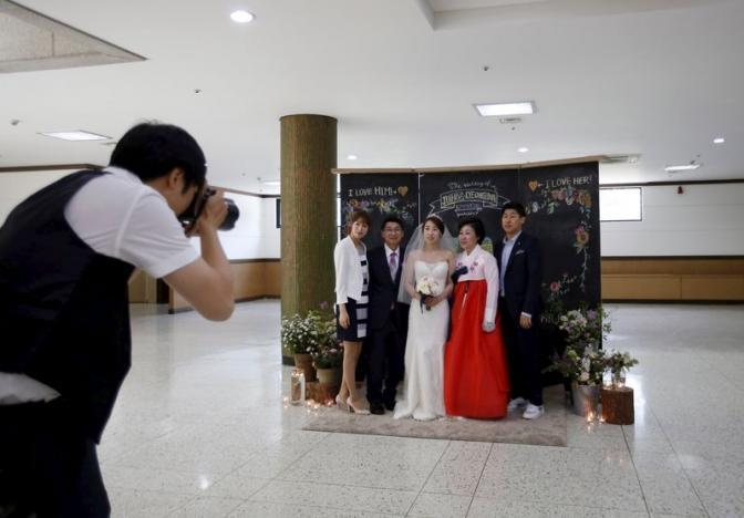 南韓去年結婚率創下歷史新低紀錄。 (路透)