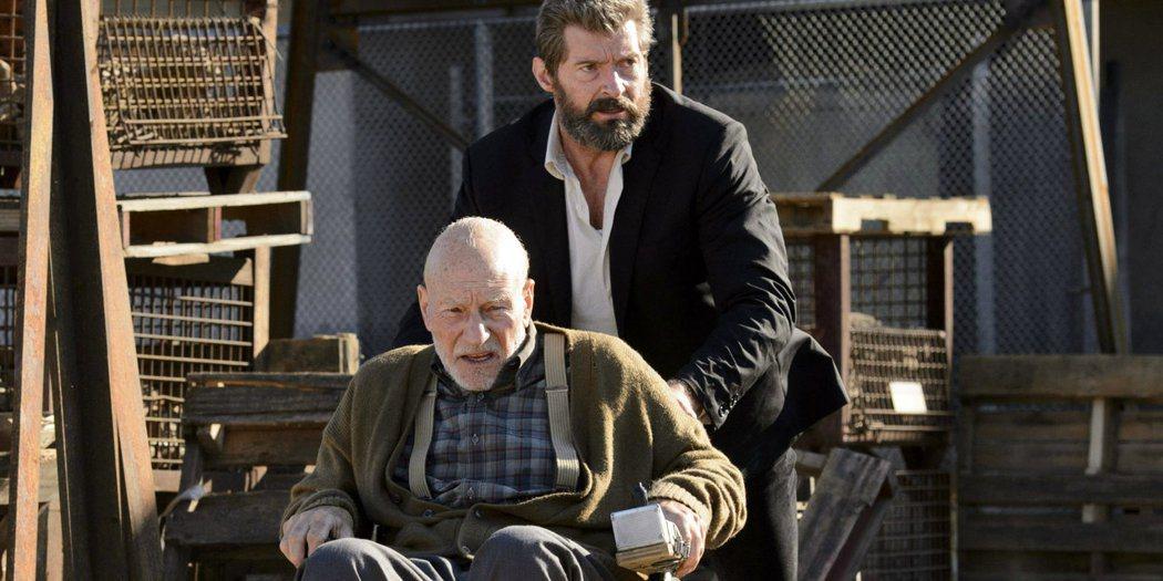 派屈克史都華(左)、休傑克曼(右)為宣傳新片「羅根」抵台。圖/福斯提供