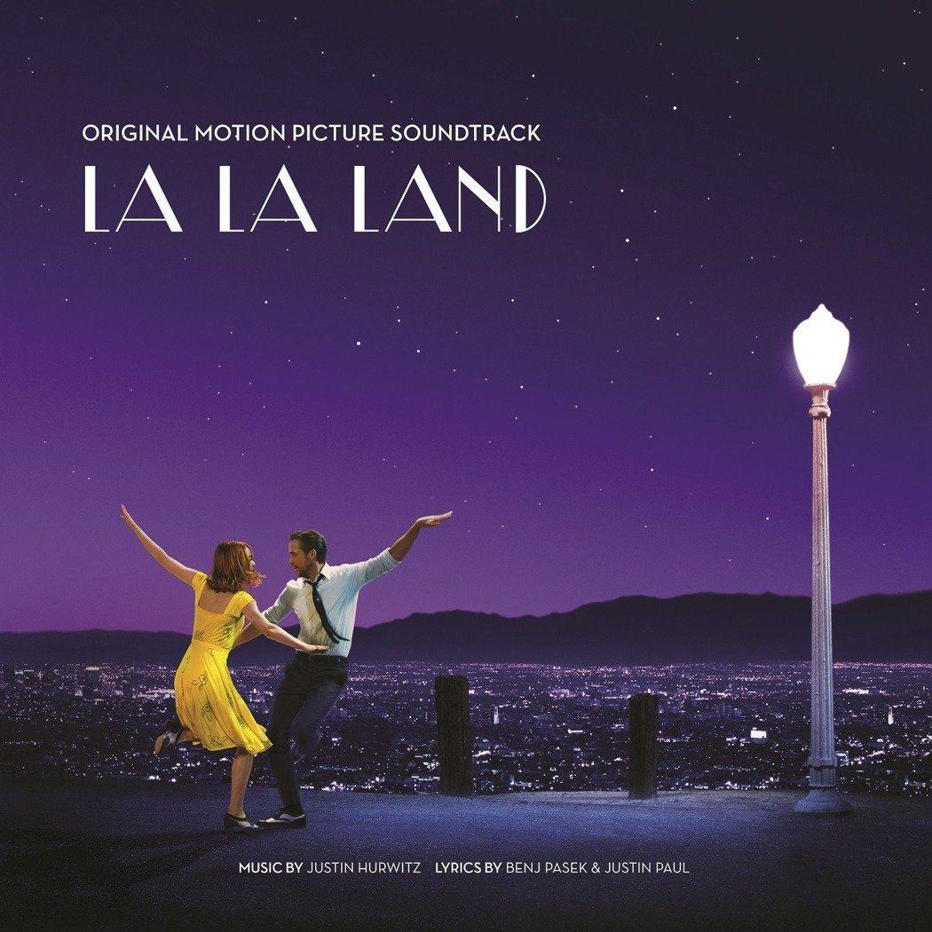 電影「樂來越愛你」在今年奧斯卡拿下6個獎項,成為大贏家。 圖/環球提供