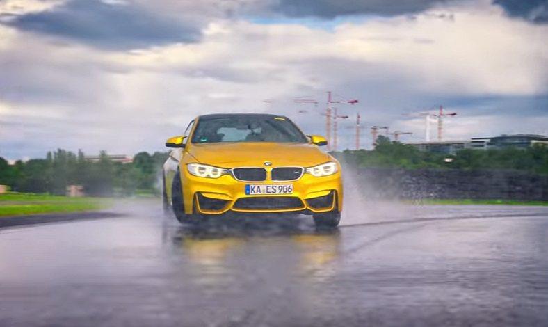 搭載Pilot Super Sport高性能胎的BMW M4跑車,在賽道上做出完美的高速漂移動作。 摘自Learns To Drift影片