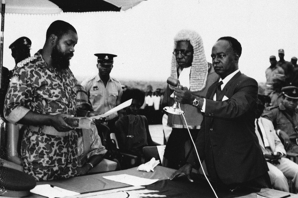 位於奈及利亞東部的伊博族分離主義份子,在奧朱古上校(Chukwuemeka Od...