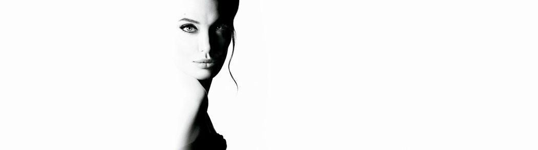 安潔莉娜裘莉代言嬌蘭Mon Guerlain「我的印記」香水。圖/嬌蘭提供