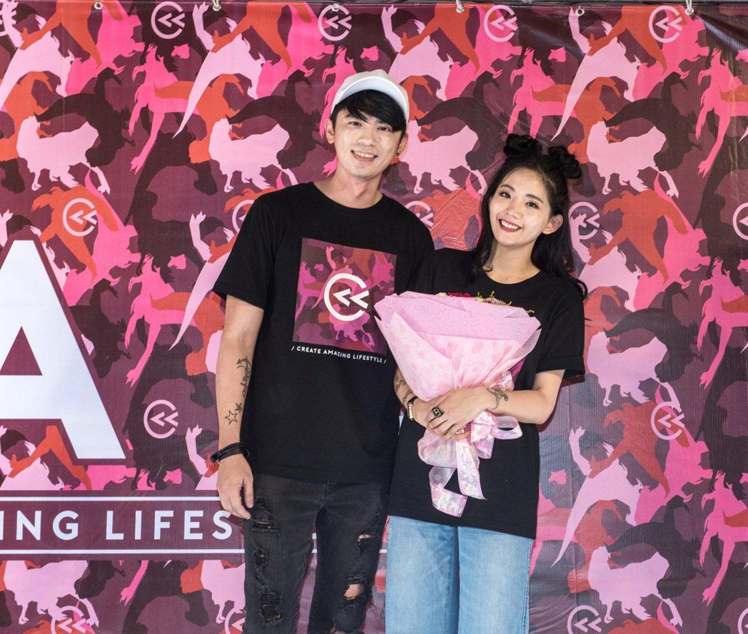 阿翔(左)和陳艾琳同台。圖/CAL提供