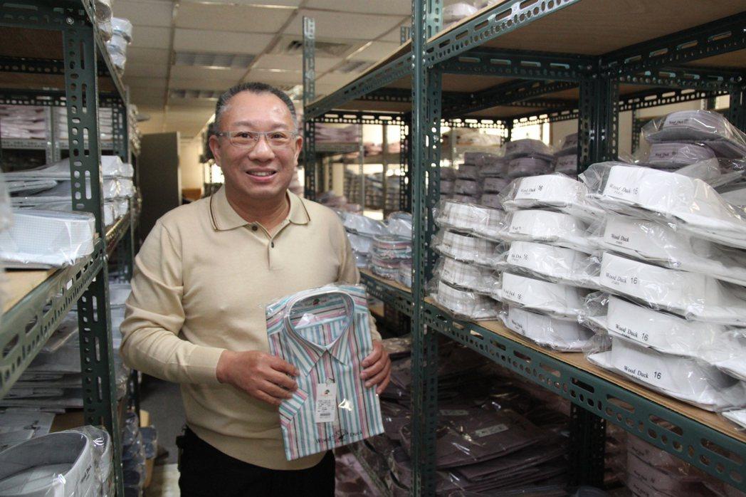 亞路行動百貨總部有400坪的倉庫。記者黃寅/攝影