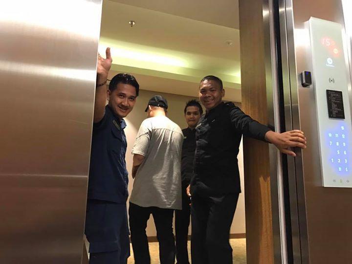 玖壹壹困在電梯裡20分鐘,幸而順利脫困。圖/摘自臉書