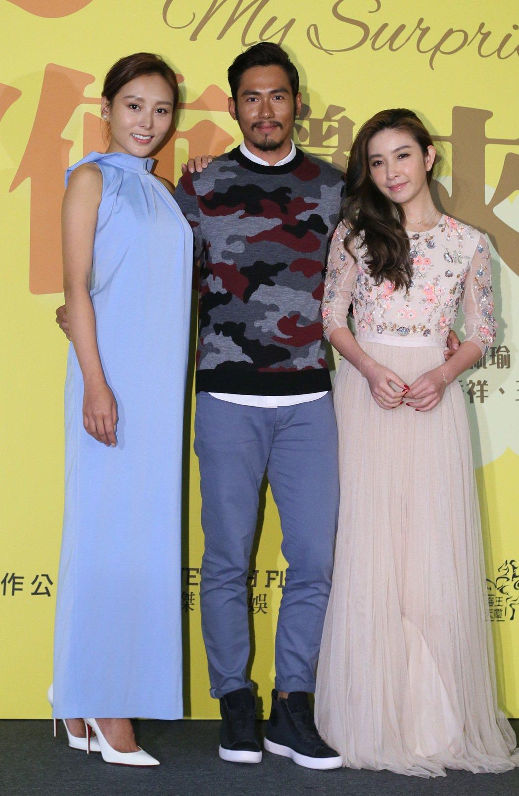 藝人許維恩(右起)、朱俊丞、何佩瑜為電影「天使曾經來過」進行宣傳。記者許正宏/攝...