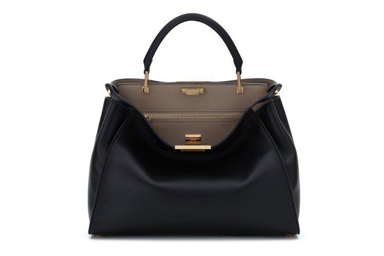 Peekaboo Essential黑色搭襯米色款,售價190,000元。圖/F...