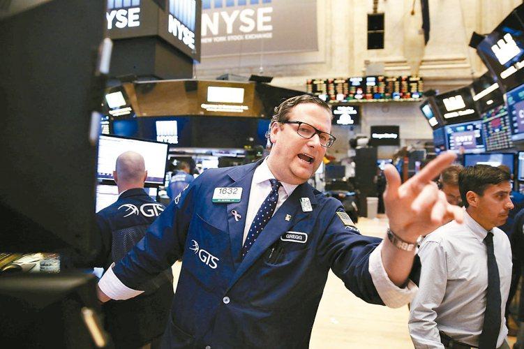 華爾街分析師預期,美企Q3營收可望出現六季以來首次成長。 路透