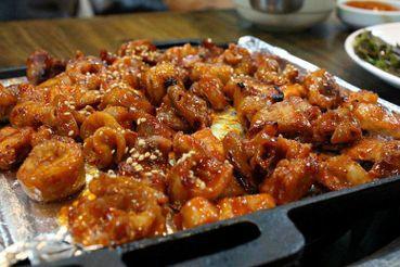 【再寫韓國】全街統一訂價!大邱安吉朗烤腸一條街拼什麼?