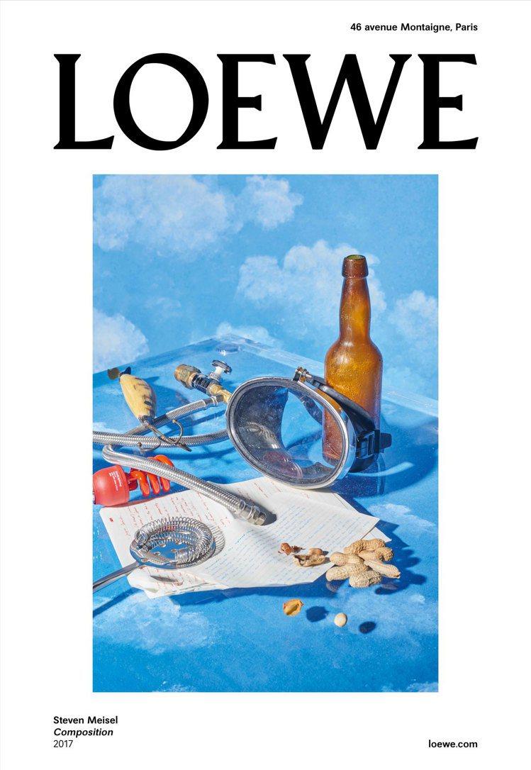 LOEWE 2017秋冬女裝廣告系列第三張取自Steven Meisel藝術攝影...