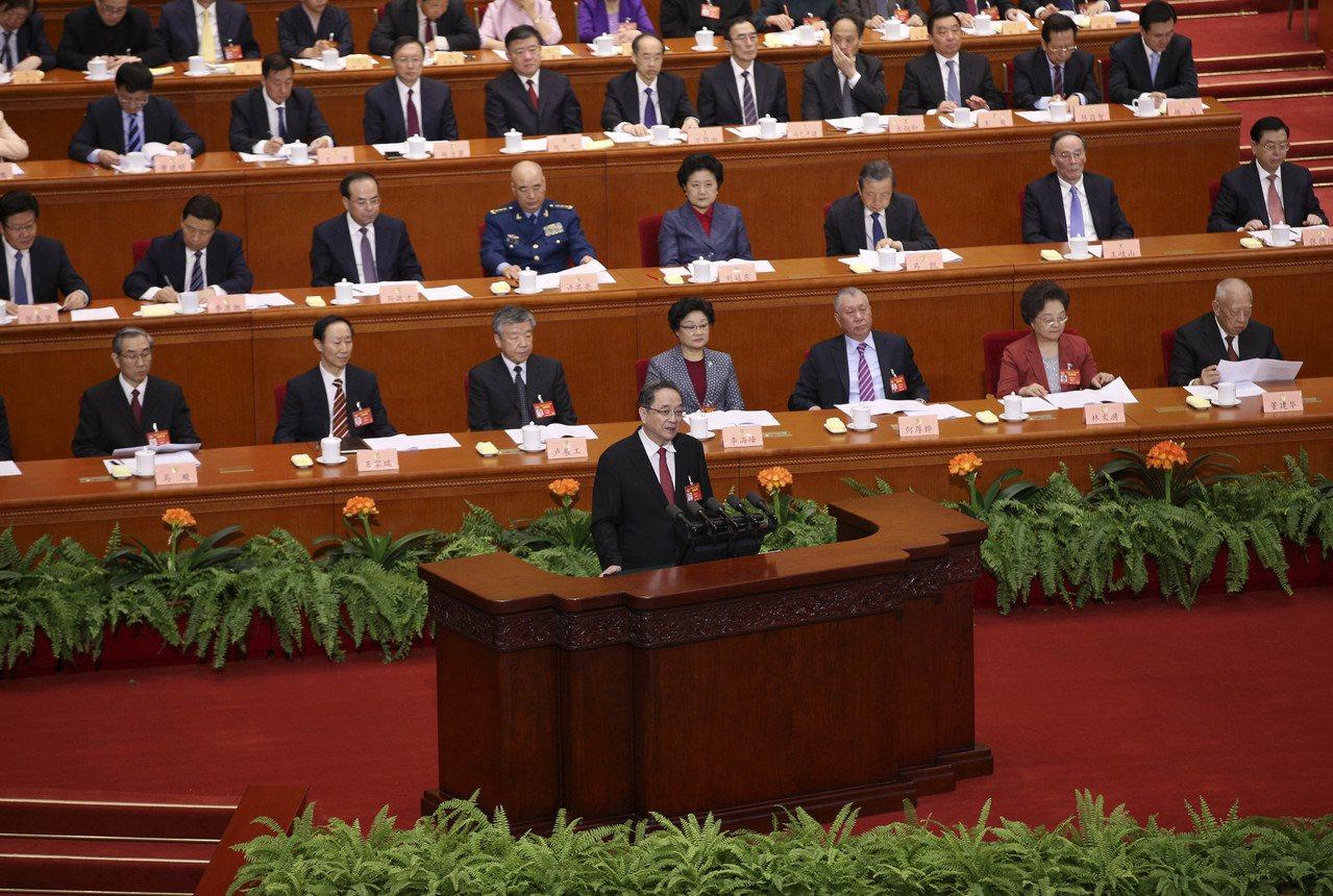 全國政協十二屆五次會議在北京人民大會堂開幕,主席俞正聲代表政協第十二屆全國委員會...