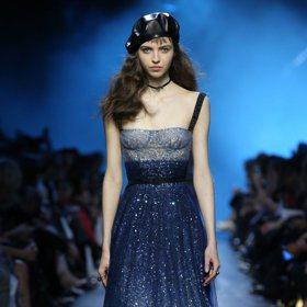 巴黎時裝周/Dior的藍色情挑 美到讓人想漫步午夜