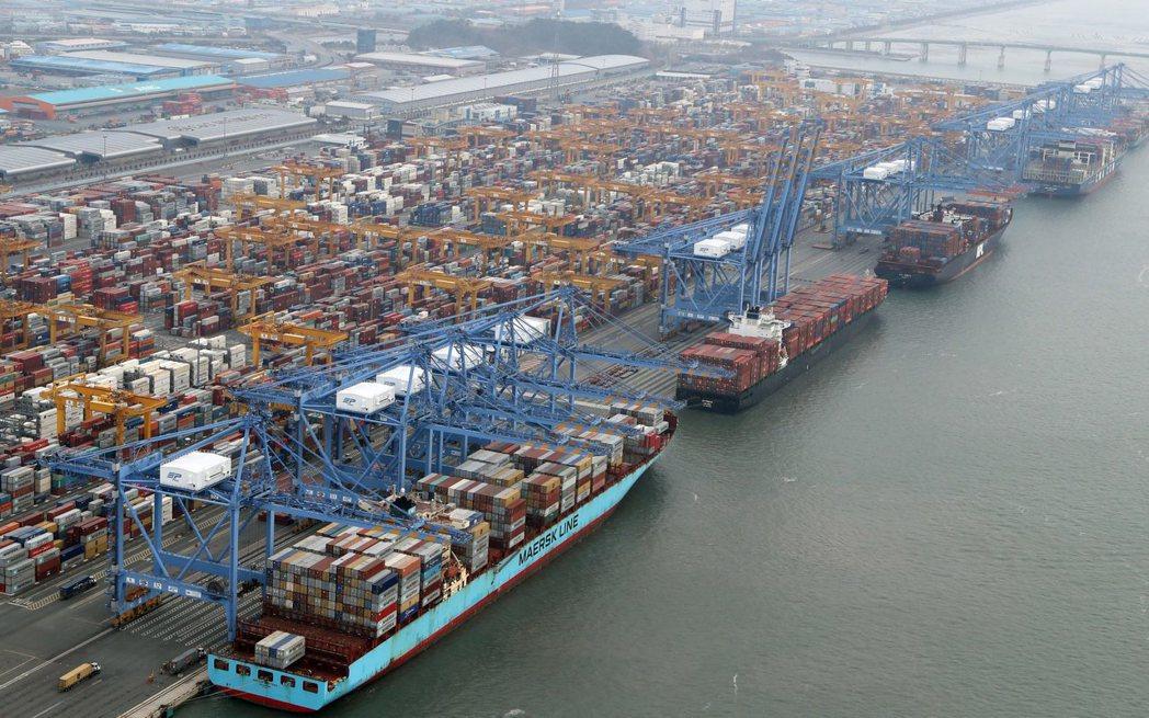 亞洲通膨回升的趨勢再起,瑞銀(UBS)認為,在亞洲經濟體中,印度、菲律賓、印尼及...
