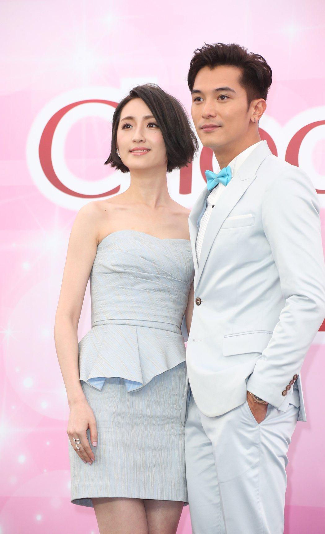 邱澤(右)與柯佳嬿(左)出席Chocola BB活動。記者陳立凱/攝影