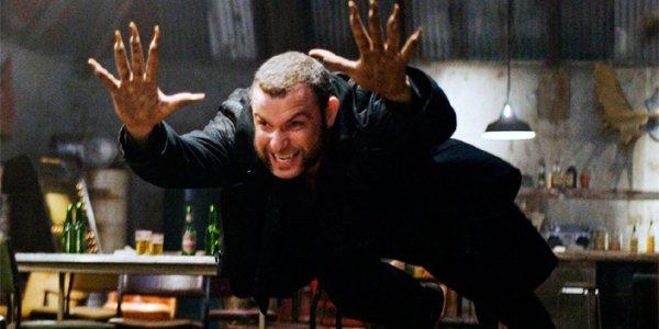 曾在「X戰警:金鋼狼」演出劍齒虎的李佛薛柏,原先計畫在「羅根」當中客串。圖/福斯...