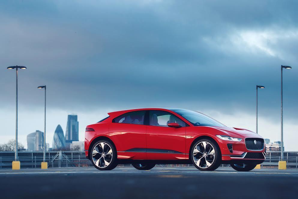 Jaguar首款純電動跑車型 SUV-I-PACE。 Jaguar Land R...